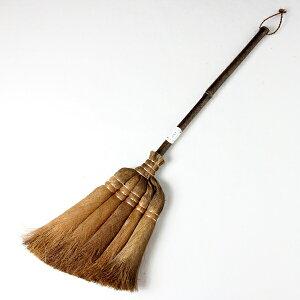 実用的なミドルサイズの箒でフローリングや畳のお掃除に最適。いつでも使える便利な棕櫚ほうき...