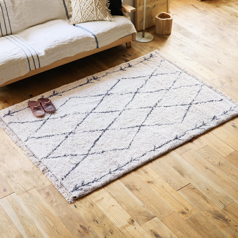 ラグ ラグマット BIANCA DIA 135×190 ベニワレン風 ウィルトン織り 絨毯 カーペット 長方形 リビング 四角形 おしゃれ おすすめ 送料無料