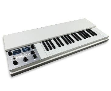 Mellotron M4000D Mini Digital Mellotron【限定:Tシャツ&サウンドカードプレゼント中!】