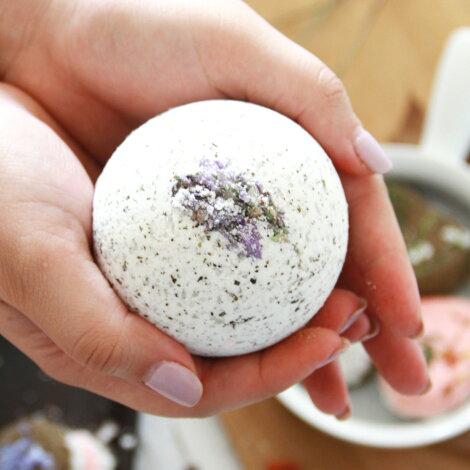 花言葉は「自然への愛」、奥ゆかしい和風フレグランス。日本モクレン-JapaneseMagnolia-ハイグレードアロマクラフト用フレグランスオイル10ml(手作り石鹸、香水、バスソルト、アロマペンダント用オイル)