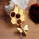 【メタルチャーム】1個ハチの巣型蜂beeミツバチハニーハニカムデザインアクセサリーパーツ/46mm×24mm
