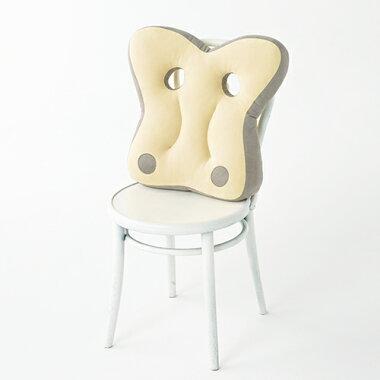 【送料無料】【あす楽】ふわふわと飛び回る蝶々がモチーフリビング・オフィスで使える背当てクッション│リラクシアバタフライ[relaxiaButterfly][クッション大きいおしゃれ丸型ビーズ可愛いふわふわ座布団北欧]椅子