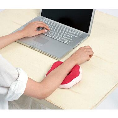 【あす楽】デスクで活躍!手首の疲れをやわらげるかわいいお花のハンドレスト│リラクシアデイジーコム[relaxiaDaysiecom][クッションアームピロー腕置きオフィス用デスクワークリストレストハンドクッションアームレストパソコンかわいい手首キーボード]