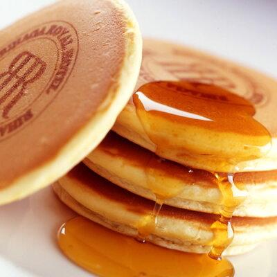 朝から始まる、幸せなふわふわ食感 ふわっふわバニラホットケーキ(冷凍便)/リーガロイヤルホテル