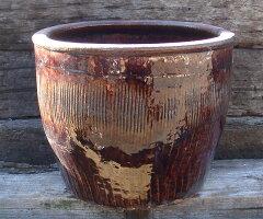 084和物で何を植えても上品な植木鉢