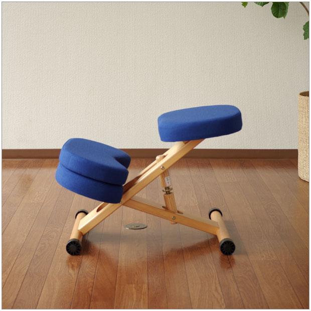 ・キッズスタイルチェアー 補助クッション付き・シンプルで機能的・北欧ナチュラルのグッドデザイン・学習デスク用椅子・ブルー / レッド / ローズ / ブラウン | Style chair | W49.5cm チェア ファブリック ブルー/レッド/ローズ/ブラウン 正しい姿勢をつくれるバランスチェア。