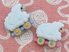 【輸入ボタン】ButtonsGaloreボタン3個セットBabyHugs(Sheep)ヒツジ/羊/ひつじ