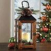 【クリスマスランタンwithLEDライト】ブラウン屋内用オートタイマー付きメタル&ウッドランタン高さ約36cmコストコ