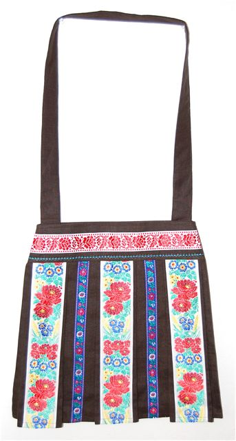 民族衣装を着るバッグ「スカートふうバッグ」color:Brown
