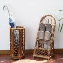 ラタンスリッパラック スリムタイプで場所をとらないスリッパ立て 引っ掛けて収納するタイプ 玄関をおしゃれに 籐製で軽い 創業100年 籐家具専門メーカーの技術 R08HR