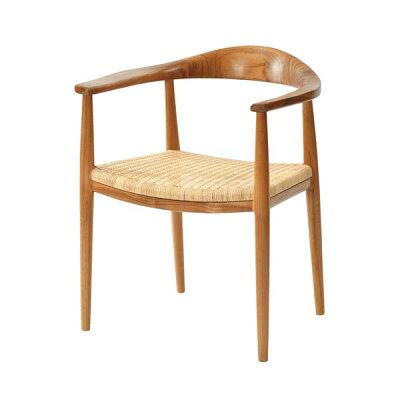 ダイニングチェア食卓でゆっくりとくつろぐチーク無垢材を使用した木製肘付き椅子より良い座り心地にデザインリニューアル日本人の体型とライフスタイルに合わせた形状創業100年籐家具専門メーカーの技術の座面ラタン張り100周年記念モデルIDENTITYC300WX7
