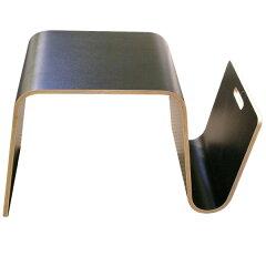 offi(オフィ)マガジンラック付きのサイドテーブルプライウッド(合板) 曲げ木黒板のようにチョ...