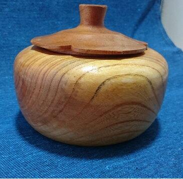 佐渡の木工芸品 欅の木で作った 柿型小物入れ」(木工房・米)