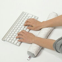「JIMUfabジムアームレストキーボード」全4色【リストレストキーボードパソコンクッションオフィスキーボードアームレストハンドレスト枕デスク首デスクワークパソコン周辺機器ノートパソコンキーボード用】