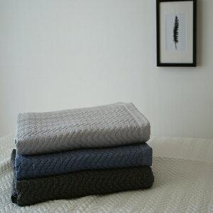 コットン100% COOL素材 洗えるキルティングマルチカバーラグマット ヘリンボーン柄イブル 4color 160×210