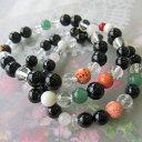 黒・桃珊瑚と天然石のブレスレットす玉/水晶/サンゴ・さんご