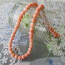 ピンク珊瑚のネックレス