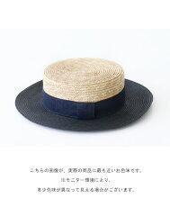 可愛らしさを演出してくれるカンカン帽