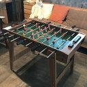 商品情報 サイズ 90cm×50.5cm×高さ69cm梱包重量約13kg商品説明 お客様ご自身による組み立て式の本格的な木製のテーブルサッカーゲームです。みんなが集まる所に最適なテーブルゲームです。 ホテル・児童館やギャラリー・カーディーラーなどで好評です。 完全アナログ式のレトロな雰囲気の懐かしいテーブルゲームです。 子供から大人まで思わずゲームに熱中していまします。お部屋のインテリアとしてもお使いになれます。 本商品は海外からの取り寄せとなりますので、ご注文後2週間程のお時間を頂きます。 尚、取り寄せ商品となりますのでご注文後のキャンセルはお受けできません。  送料無料 サッカーゲーム 本格 テーブルゲーム ボードゲーム サッカーゲーム盤 Soccer game Wood サッカー レトロ アナログ 完全手動の 本格的な 木製 の テーブルサッカーゲーム 本格的な木製のテーブルサッカーゲームです。みんなが集まる所に最適なテーブルゲームです。ホテル・児童館でのゲーム機として誰でも楽しく遊べます。又お店のインテリアとしても好評です。 完全アナログ式のレトロな雰囲気の懐かしいテーブルゲームです。 子供から大人まで思わずゲームに熱中していまします。お部屋やお店のインテリアとしてもお使いになれます。サイズ:90cm×50.5cm×高さ69cm梱包重量約13kgお客様ご自身による組み立て式です。本商品は海外からの取り寄せとなりますので、ご注文後2週間程のお時間を頂きます。 尚、取り寄せ商品となりますのでご注文後のキャンセルはお受けできません。 2