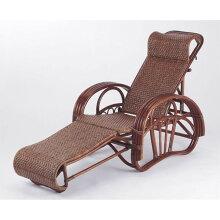 足を伸ばしてリラックス、自然素材籐(ラタン)寝イス