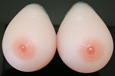 人工乳房 送料無料 msm1400 左右で1400g Fカップ シリコンバスト シリコン製バスト高級人口乳房/シリコンおっぱい シリコンバスト 女装【乳がん】 02P05Dec15