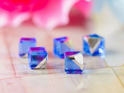 ガラスキューブ サファイア