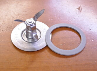 オスタライザー-Blender parts unused brand new genuine blade ( blade ) + gasket set レギュラーブレード Oster osterizer juicer & mixer