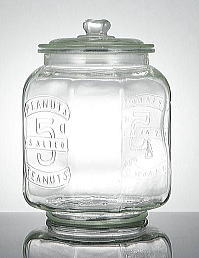 Product made in large bottle glass with the グラスクッキージャー lid