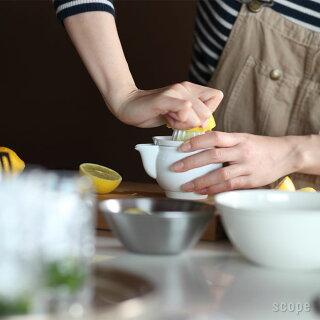 レモンの苦味はどこに含まれているか?