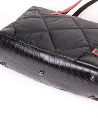 軽くて撥水性の高い大容量ビジネストートバッグ