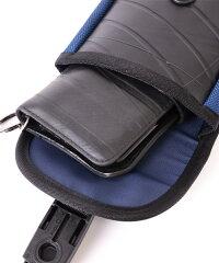 グローブや手袋をしたままでも簡単開閉可能