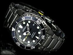 【逆輸入SEIKOKINETIC】セイコーキネティックダイバーズメンズ腕時計オールブラックブラックダイアルIPブラックステンレスベルトSKA427P1
