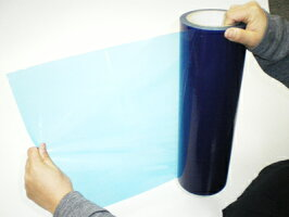 強力な粘着力を持つ表面保護フィルムです。