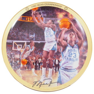 NCAA三鞋跟邁克爾·喬丹收藏家銘牌1982 NCAA冠軍(1438A)Upper Deck