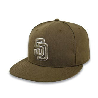 MLB San Diego Padres Authentic Performance On-Field cap (Horta -2011) New Era