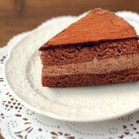 チョコレートのほろ苦さと甘さ、チョコレートガナッシュ