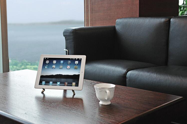 タブレットスタンド ポータブルミニ型 金属製 角度調整 iPad iPhone huawei asus Galaxy Kindle Nexus スマートフォンと電子書籍リーダー等