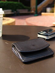 CORBO.(コルボ)-SLATE-スレートシリーズ小銭入れ財布8LC-9366イタリアンレザー(本革)のウォレットです。