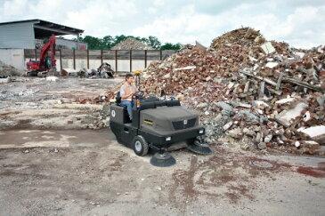 ケルヒャーKM 170/600 R D優れた耐久性と高い清掃能力を誇る市場最大クラスのケルヒャーの業務用インダストリアルスイーパーです。《ケルヒャー正規代理店》