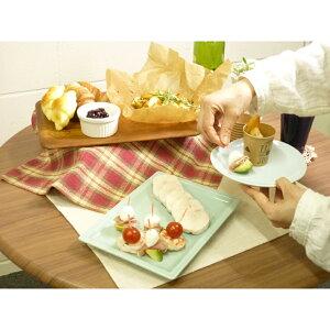 中皿青白ハート型5寸皿[縦15.8x横16.2x高さ2.3cm] 焼物皿メイン主菜大きい大皿和食青ブルーハート器かわいい綺麗和食器料亭居酒屋日本酒プレゼントギフト出産祝い結婚祝い縁起物引き出物
