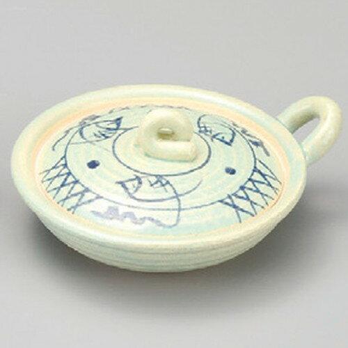 ☆ 耐熱食器 ☆ 青磁魚紋目玉焼き器 [ 148 x 126 x 63mm ]