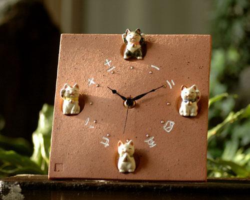【招き猫、陶器、掛け時計】福々風水招き猫掛時計【楽ギフ_メッセ】【楽ギフ_メッセ入力】【楽ギフ_のし】 【楽ギフ_のし宛書】