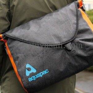 aquapac 026 Stormproof Messenger Bag