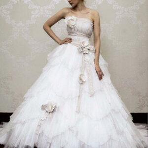 2982cefbf1860 ウェディング ドレス レンタル(9~13号)[pl005]「リボンベージュレース」 アンティークなデザインのおしゃれなウェディングドレスです。ベージュのリボンとシワ  ...