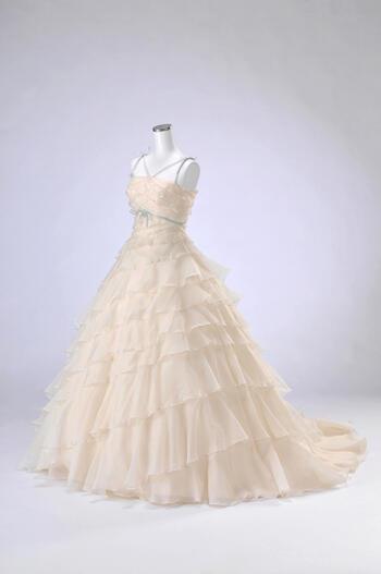 ウェディング ドレス レンタル(9号)[pl020]「段フリルブルーリボン」【サムシングブルーが入ったウェディングドレスはティアードラインでスタイル良くみえます!】【レンタル】【感謝祭】【ポイント5倍】