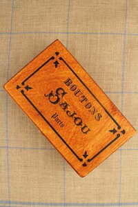 "Sajou木製ボックスBoîtederangementenboissérigraphiée""Boutons""保管収納ケースフランスメゾンサジューBOIS_BTE_SERI_BO"