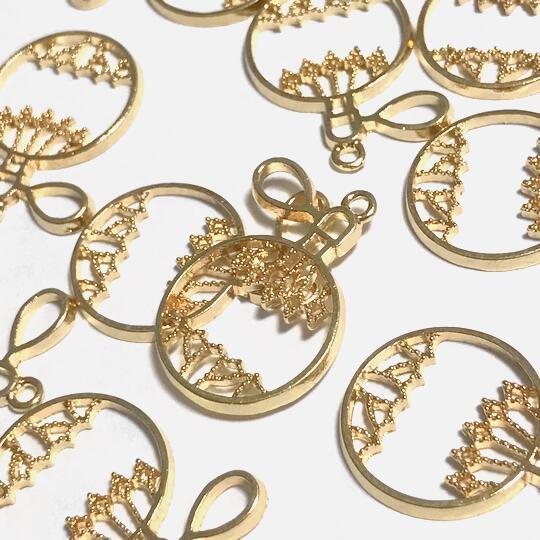 香水瓶のレジン枠D パフューム チャーム 空枠 フレーム ライトゴールド パーツ 穴空きミール皿