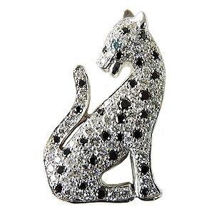 ダイヤモンド ブラックダイヤモンド ブルーダイヤモンド 豹モチーフ ブローチ ラペルピン タイニーピン ピンブローチ パンサー ジャガー ホワイトゴールド K18WG 送料無料 クリスマス 誕生日 ホワイトデー 記念日 プレゼント ギフト 誕生石
