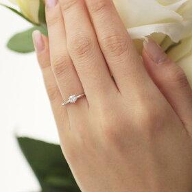 一粒ダイヤモンド婚約指輪(着用)