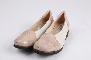 FIZZREEN3010幅広4Eアイボリー、クロ黒色の2色日本製フィズリーンレディース女性用本革レザーパンプス靴22-24.5cm